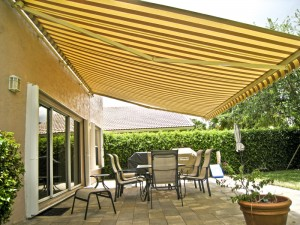 Beau Retractable Patio Awning